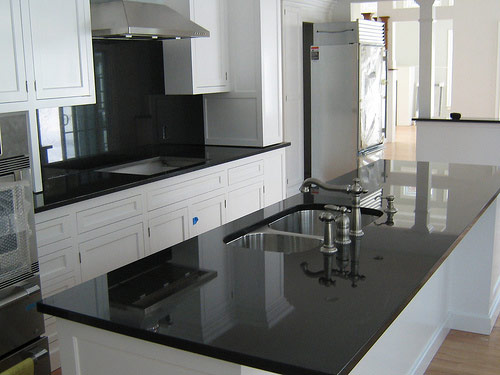 Kitchen ABSOLUTE BLACK